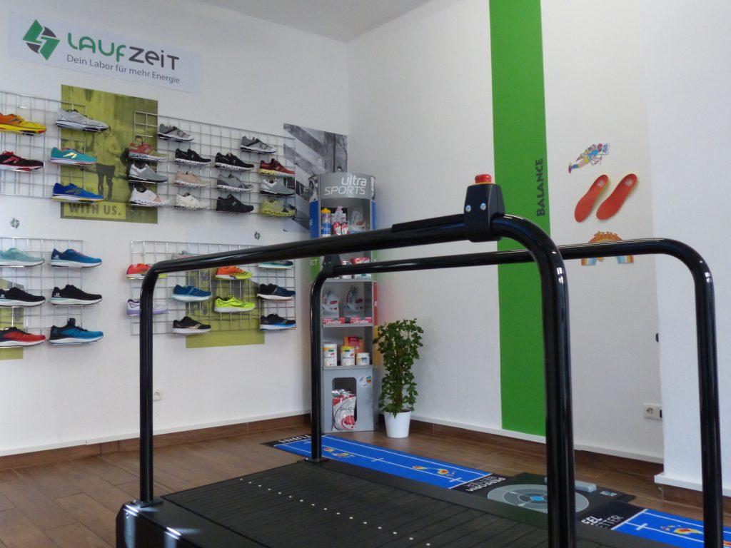 Sporteinlagen, Fußabdruck und orthopädische Maßeinlagen
